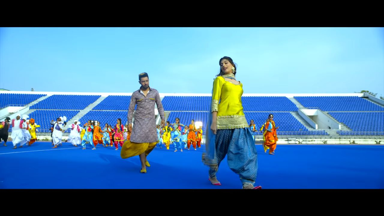 Sone DI Dabbi punjabi song Lyrics–Gippy Grewal